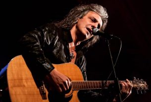 George Gakis: Αn acoustic tribute to Whitesnake 's Ballads and love songs